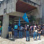 Estudiantes UCR alegan que bajaron sus becas para obligarlos a protestar por Ley de empleo público
